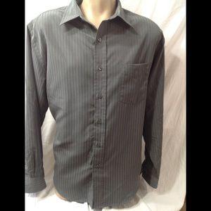 Men's size Large CROFT & BARROW button-down shirt